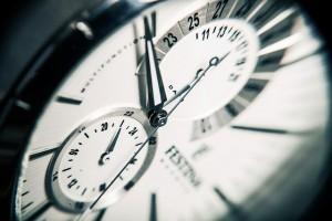 30 cose che le persone di successo non fanno - tempo - UYM