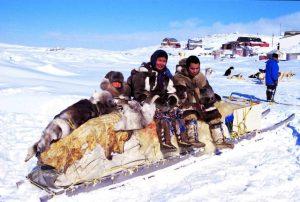 Il lato oscuro della crescita personale - Inuit - uym