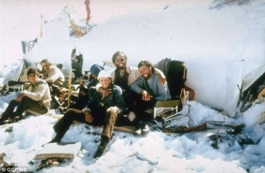 Disastro Aereo delle Ande - e dopo l'inferno - uym
