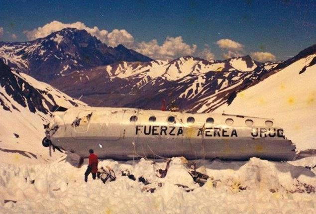 Disastro aereo delle Ande - Relitto della fusoliera - uym