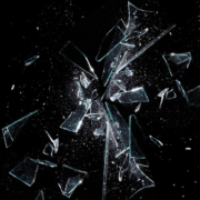 Le avversità - vetro rotto - uym