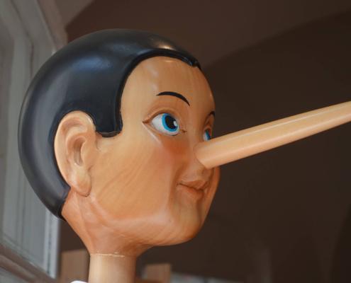 Le menzogne che ci raccontiamo ogni giorno - uym