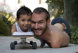 Nick Vujicic amare la vita senza braccia e senza gambe - coraggio uym