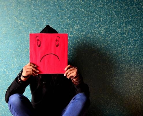I principali motivi che ci impediscono di essere felici - uym
