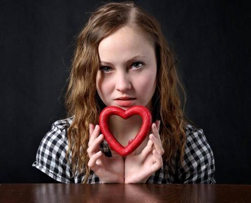 Amare se stessi con una poesia - cuore - uym
