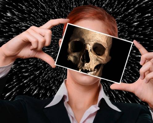Morire ogni giorno o vivere il presente - uym